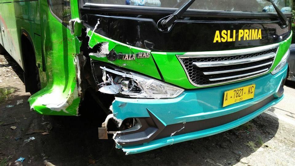 kecelakaan maut bus antar kota