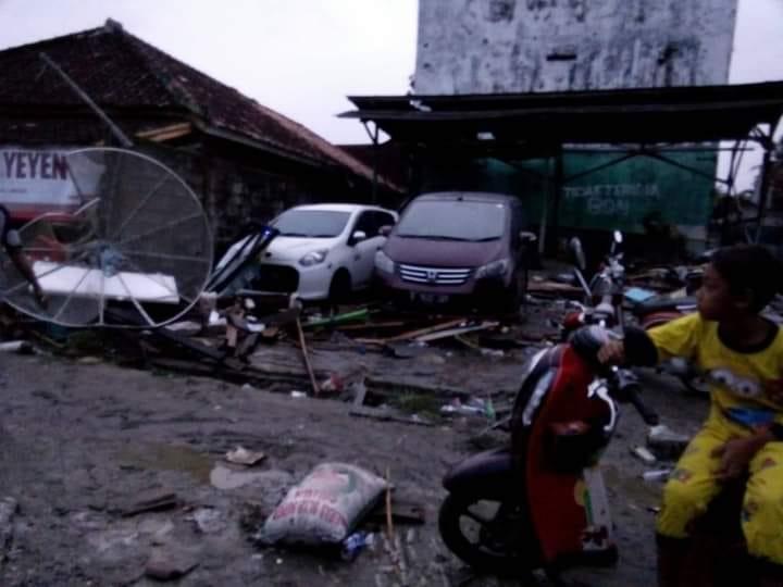 Kerusakan Akibat Tsunami PAndeglang