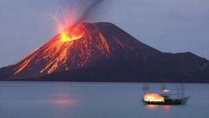BMKG : Tsunami Selat Sunda Dikarenakan Erupsi Gunung Anak Krakatau dan Bulan Purnama