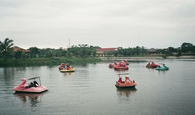 Menikmati Destinasi Wisata Danau Situterate