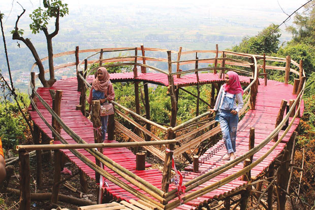 Destinasi Wisata Gunung Pinang yang Popular bagi Masyarakat