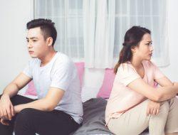 Besikaplah Terbuka, Karena Kehancuran Rumah Tangga Berawal Dari Menyimpan Rahasia