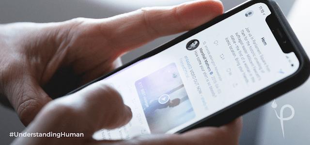 Curhat Tentang Masalahmu di Sosial Media Itu Sama Saja Halnya Menelanjangi Diri Sendiri