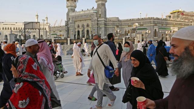Setelah Disterilkan, Masjidil Haram Kembali Dibuka untuk Jemaah