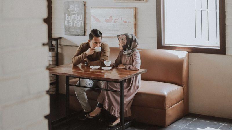 Mencari Suami Jangan Hanya Nilai Dari Hartanya, Tapi Pastikan Dia Orangnya Setia dan Bertanggung Jawab