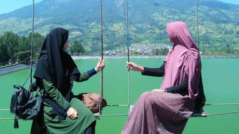 Sebaik-baiknya Sahabat Pasti Memiliki Kekurangan, dan Kamu Jangan Pernah Jenuh Dengan Kekurangannya