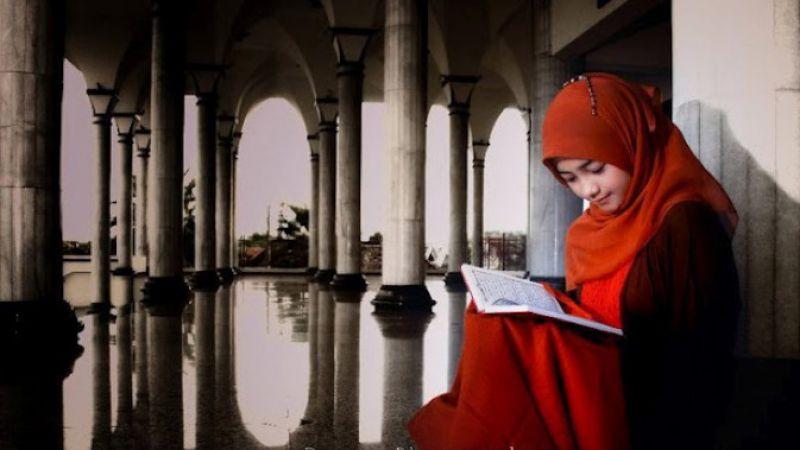 Hilangkan Stres Lebih Ampuh Dengan Membaca Buku Ketimbang Jalan-jalan