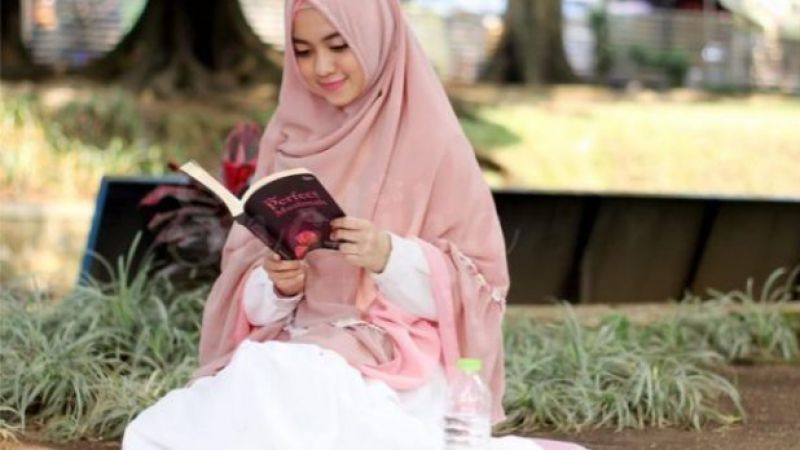 Penelitian: Percaya Diri Meningkat dan Depresi Hilang Dengan Membaca Buku