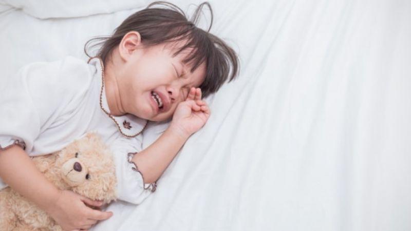 Anak Dilarang Menangis, Ini Pengaruh Buruk Pada Mentalnya Saat Dewasa