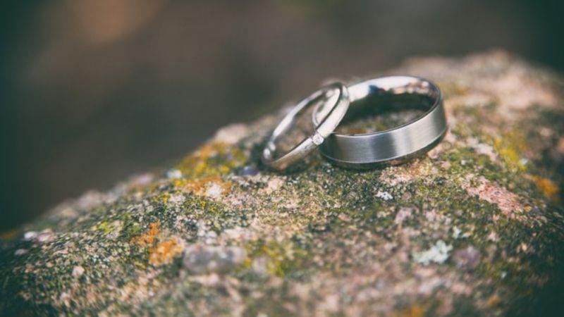 Pasangan Nikah Muda Gampang Bercerai Karena 5 Penyebab Ini