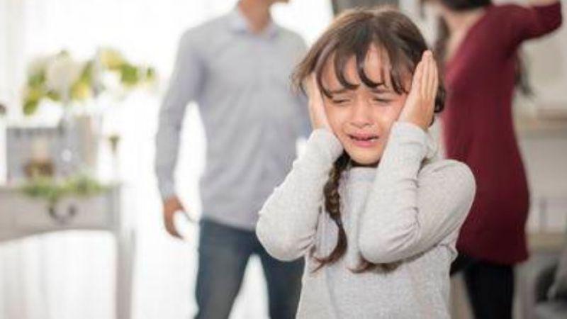 Perselingkuhan Orang Tua Akan Berdampak Buruk Pada Anak, Ini Penjelasannya