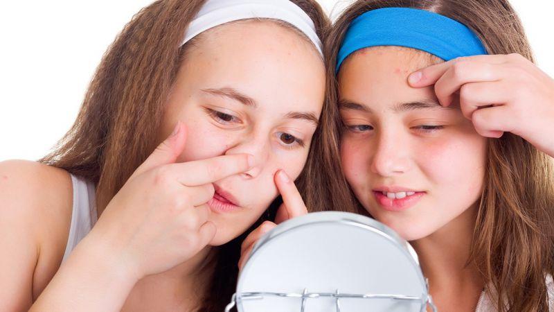 Bunda, Ini 4 Manfaat Mengajari Anak Gadis Perawatan Kulit