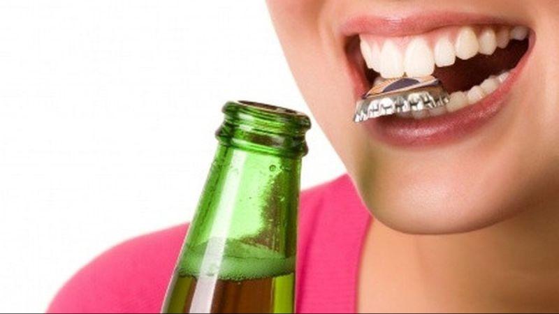 Hindari 7 Kebiasaan Ini Karena Dapat Merusak Gigi