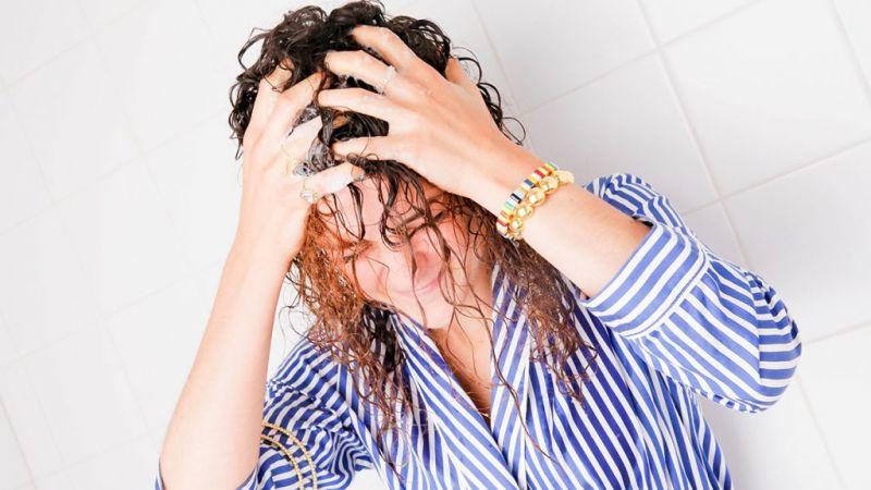 Hindari 3 Kebiasaan Mandi Seperti Ini, Membahayakan Kesehatan