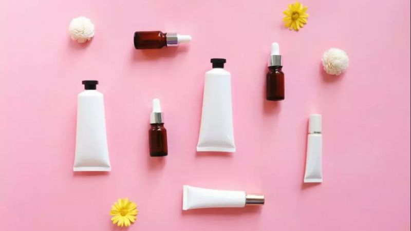 Hindari 5 Jenis Skincare Ini, Karena Jadi Penyebab Munculnya Bruntusan