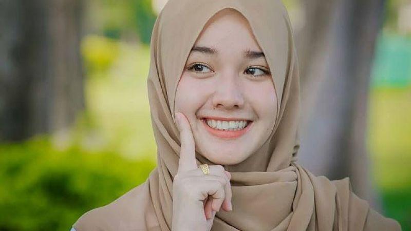 Murah Senyum Lebih Kuat Menghadapi Masalah Hidup, Penelitian Ini Membuktikannya