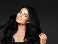 6 Tips Menjadikan Rambut Hitam Berkilau Dengan Bahan Alami