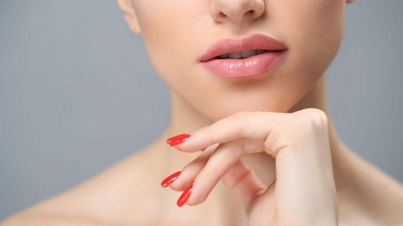 7 Cara yang Bisa Kamu Lakukan Jika Ingin Memiliki Bibir Cerah Alami