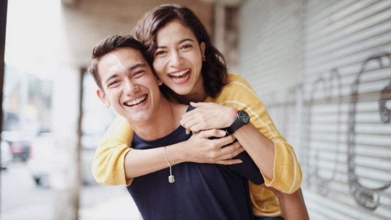 Untuk Membuktikan Apakah Pasanganmu Setia atau Tidak, Lakukan 3 Cara Ini