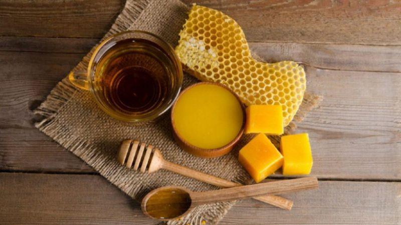Selain Bisa Mengatasi Jerawat, Ini 6 Manfaat Lilin Lebah Lainnya