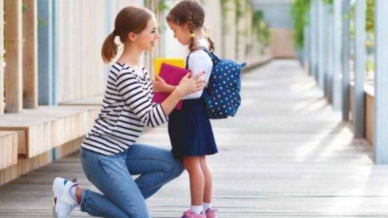4 Hal yang Harus Ibu Ajarkan Kepada Anak Perempuannya Sejak Dini
