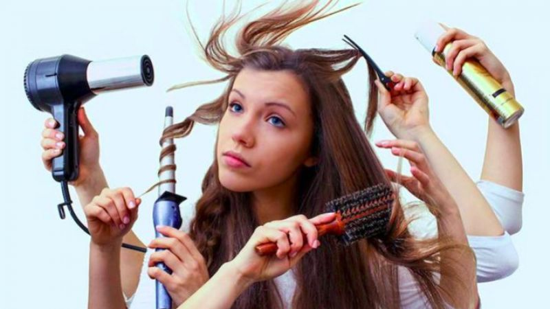 Bikin Cantik, Tapi 6 Kebiasaan Ini Bikin Rambut Rusak