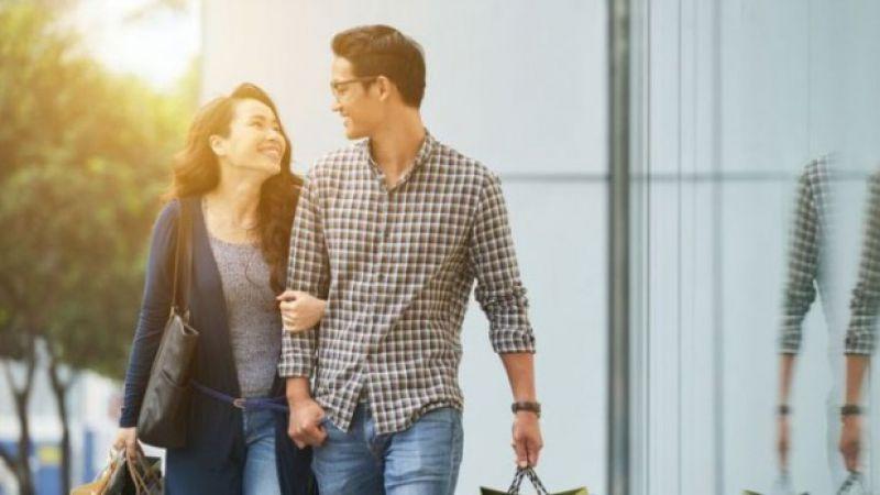 Menurut Studi, Ini Alasan Wanita Suka Pria yang Lebih Tua