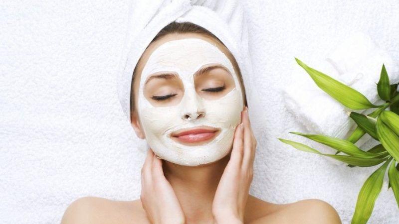 Pakai 5 Masker Alami Ini Jika Ingin Memiliki Kulit Cerah dan Putih Mulus