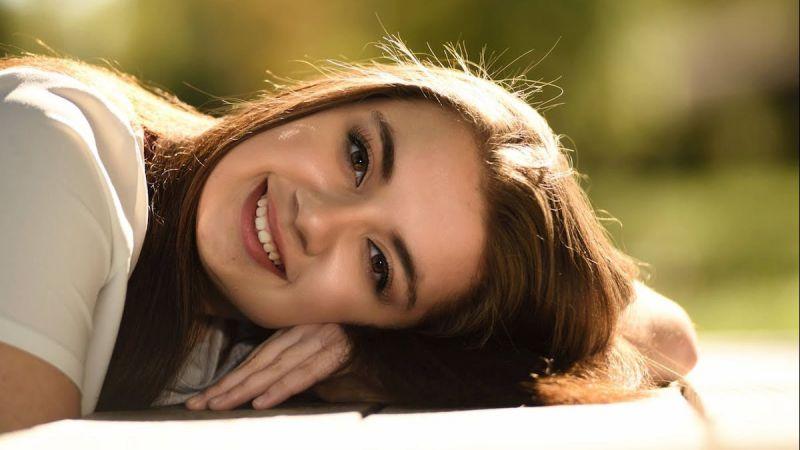 5 Tips Tampil Cantik Setiap Hari Meski Tanpa Make Up dan Perawatan