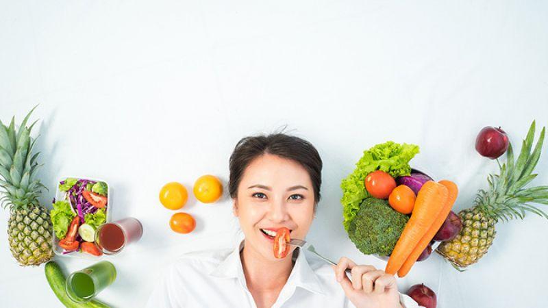 7 Makanan dan Minuman yang Ampuh Cerahkan Wajah Secara Alami