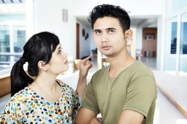 Ternyata Mendengarkan Omelan Istri Itu Baik Untuk Kesehatan Suami