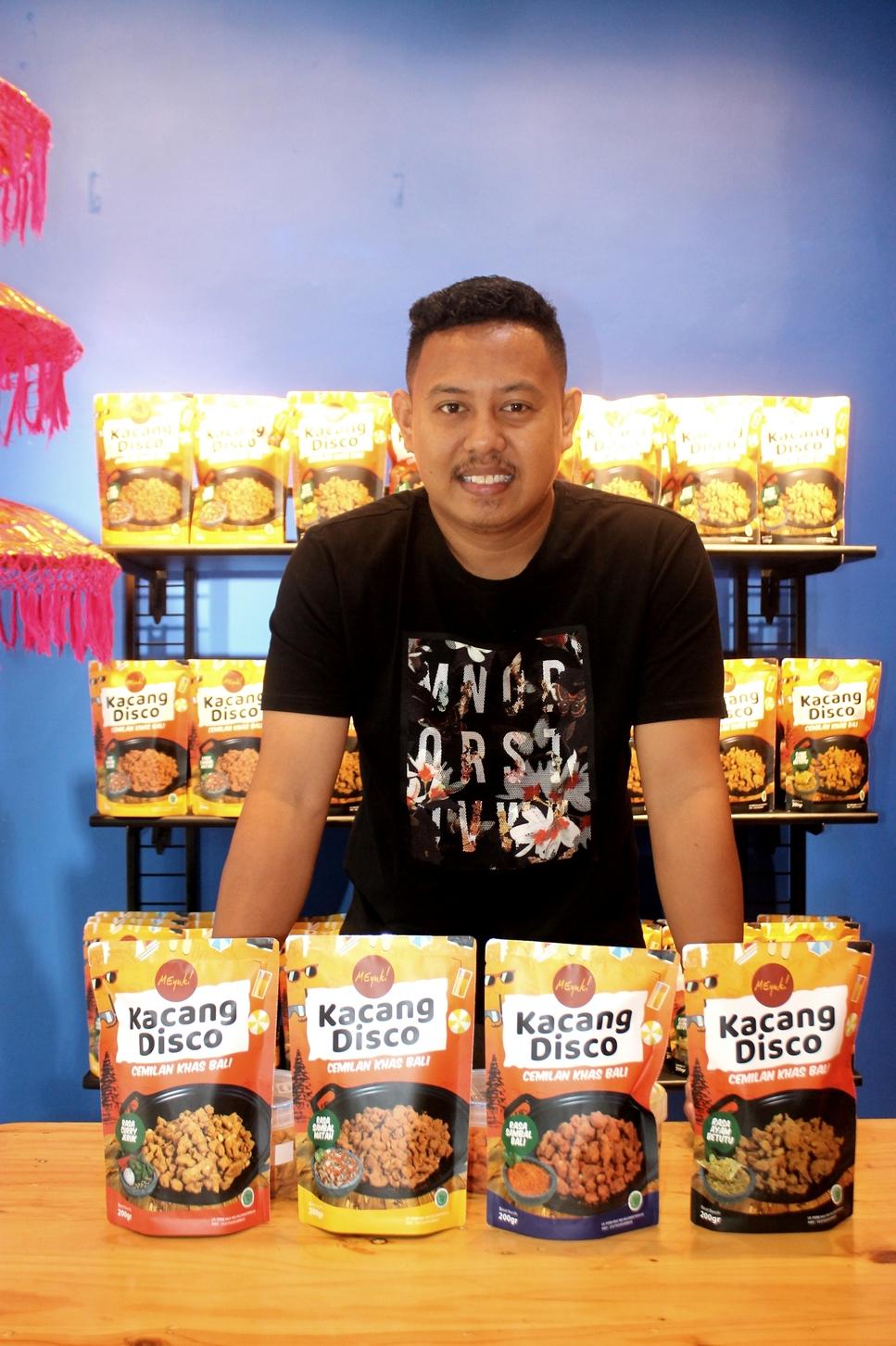 Usaha Snacknya Viral, Namun Berhenti Saat Ibunda Hilang Bencana Palu. Pemuda ini Sukses Bangkit Lagi bangun Bisnis Snack di Bali!