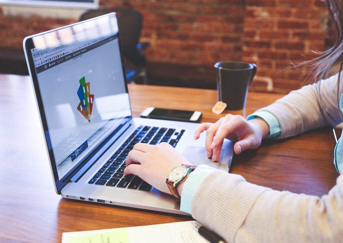 4 Cara Berjualan Online Agar Cepat Laku. Kini, Lapak Laris Manis Bukan Hal Mustahil